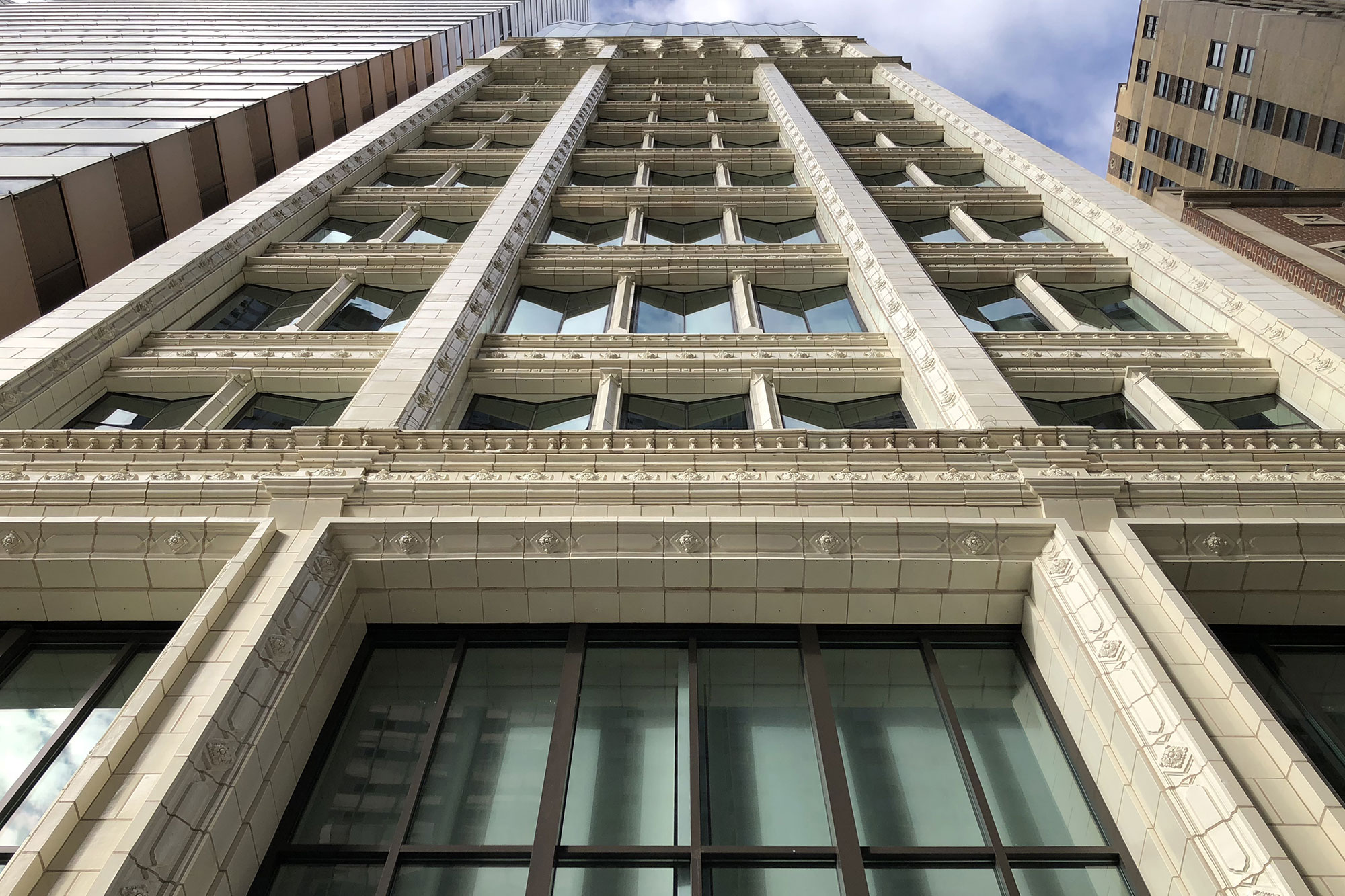 168 N Michigan Ave Exterior 4